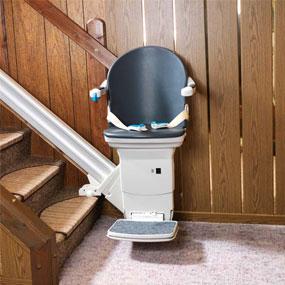 AP+ Treppenlift gerade Treppe